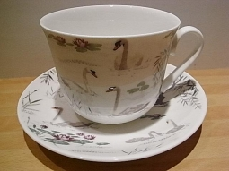 Swan Lake Jumbotasse Fine Bone China /..