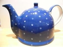 Teekanne Keramik blau hellblaue Punkte..
